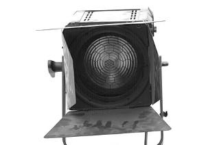 映像制作に用いられる「3灯照明」